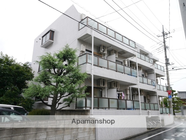 埼玉県所沢市、西所沢駅徒歩16分の築31年 3階建の賃貸マンション