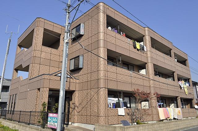 埼玉県八潮市、八潮駅徒歩20分の築13年 3階建の賃貸マンション
