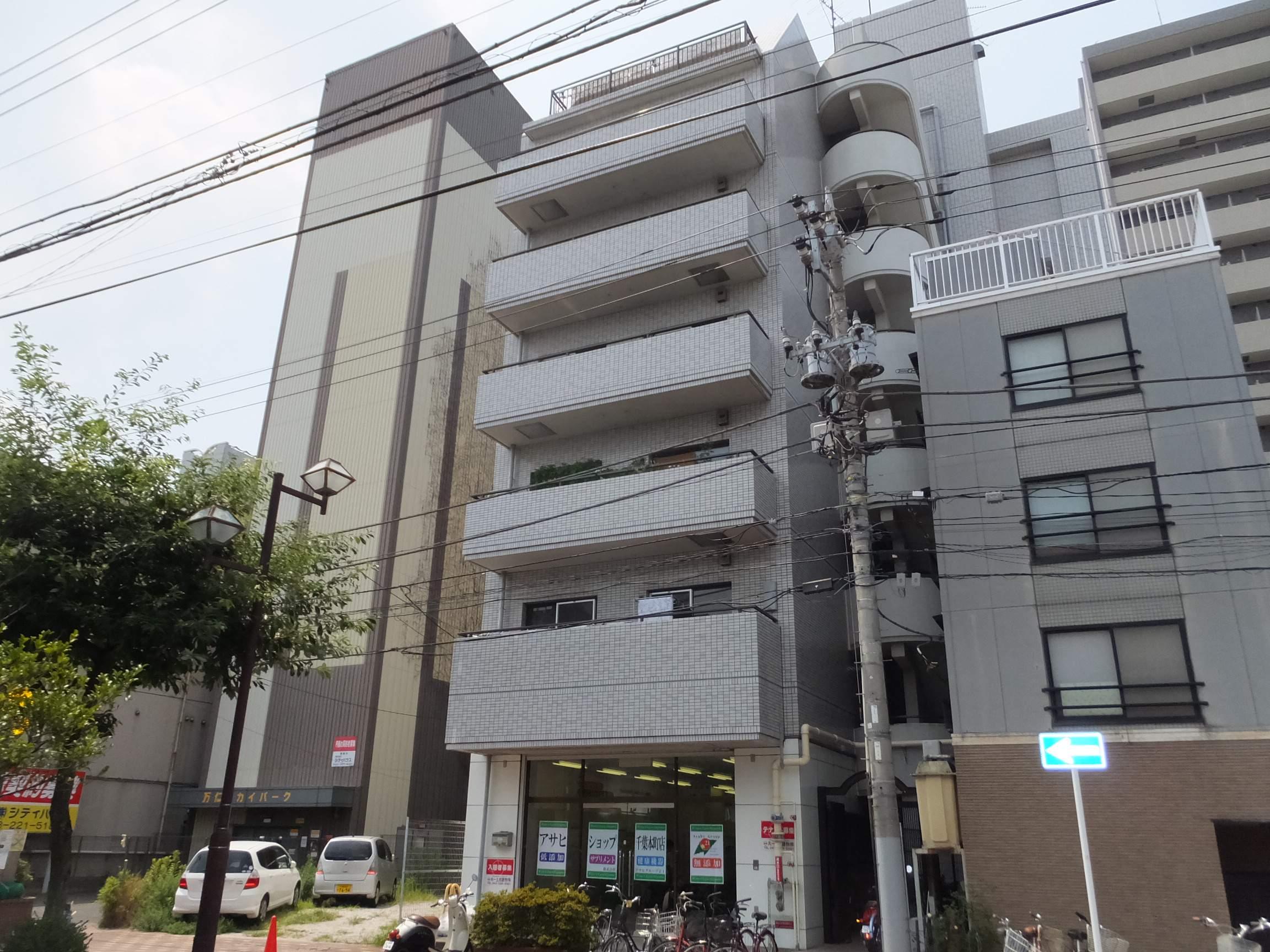 千葉県千葉市中央区、千葉駅徒歩16分の築30年 7階建の賃貸マンション