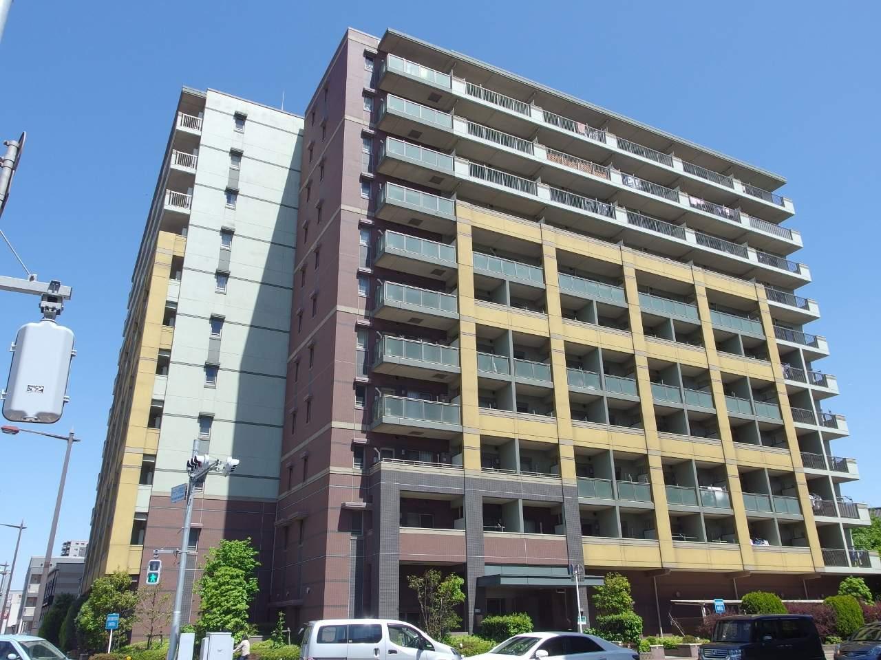 千葉県千葉市中央区、千葉駅徒歩15分の築8年 11階建の賃貸マンション