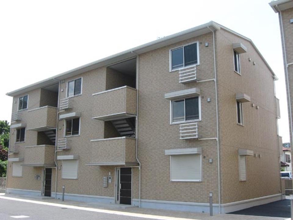 千葉県千葉市稲毛区、四街道駅徒歩17分の築8年 3階建の賃貸アパート