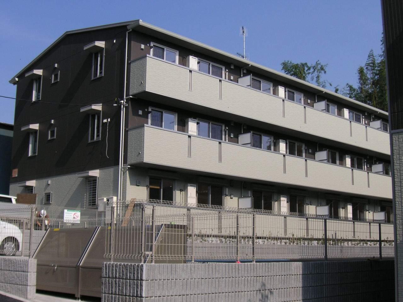 千葉県千葉市若葉区、千葉駅バス19分西小倉下車後徒歩3分の築5年 3階建の賃貸アパート