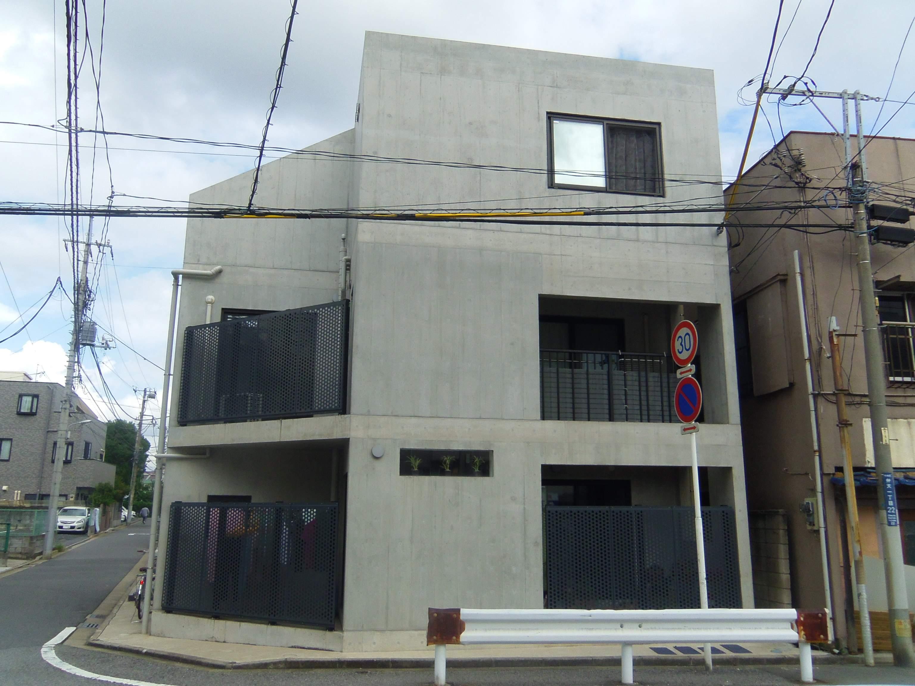 千葉県千葉市中央区、西千葉駅徒歩13分の築6年 3階建の賃貸マンション