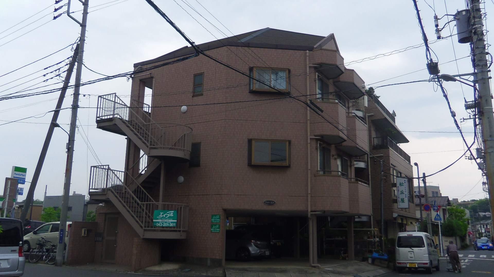 千葉県千葉市中央区、千葉駅バス6分亀井町下車後徒歩2分の築18年 3階建の賃貸マンション