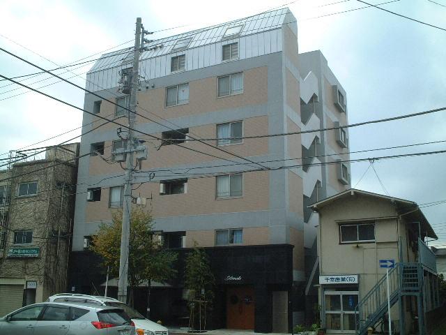 千葉県千葉市中央区、千葉駅徒歩12分の築13年 6階建の賃貸マンション