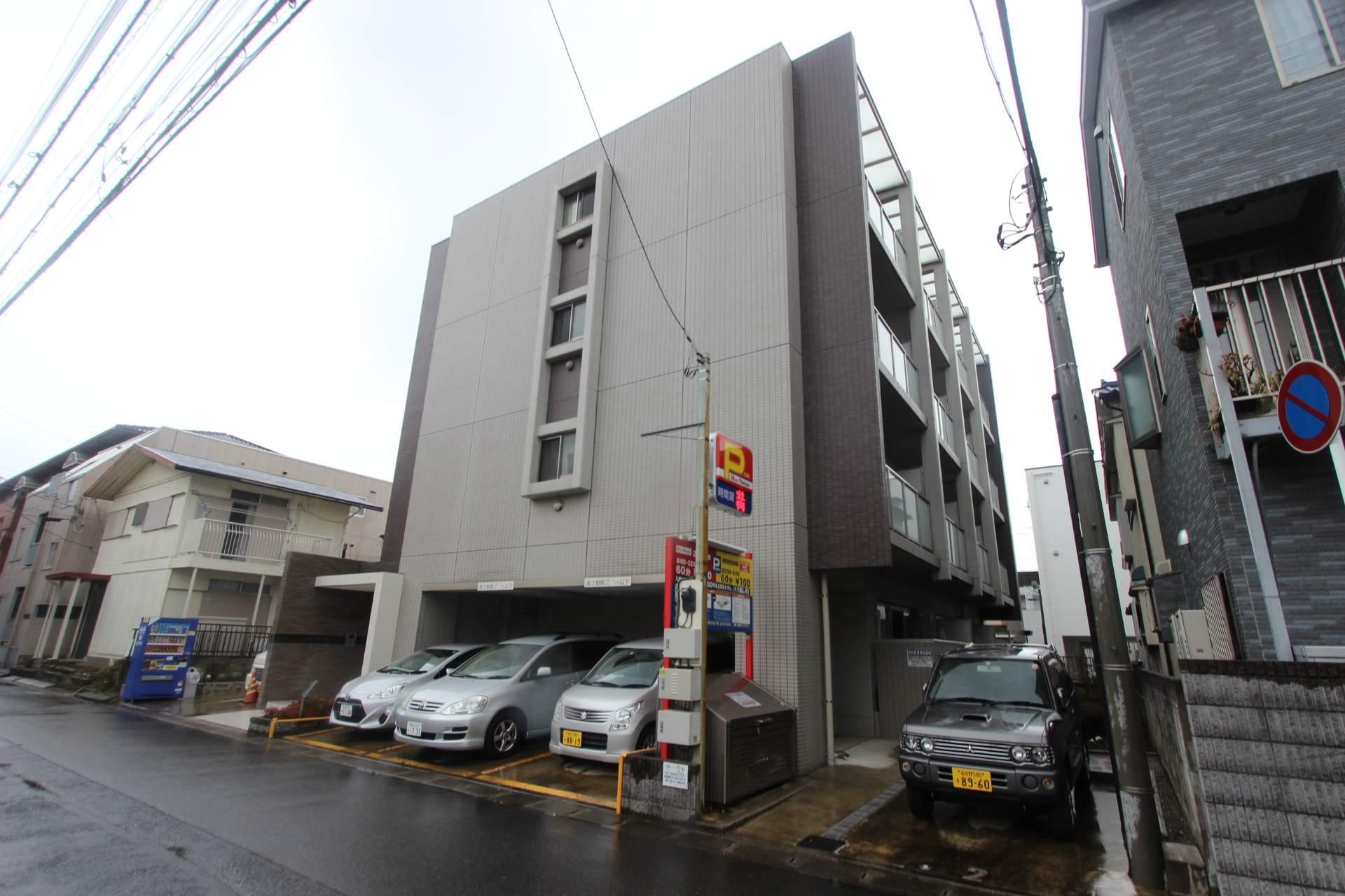 千葉県市川市、浦安駅徒歩19分の築8年 4階建の賃貸マンション