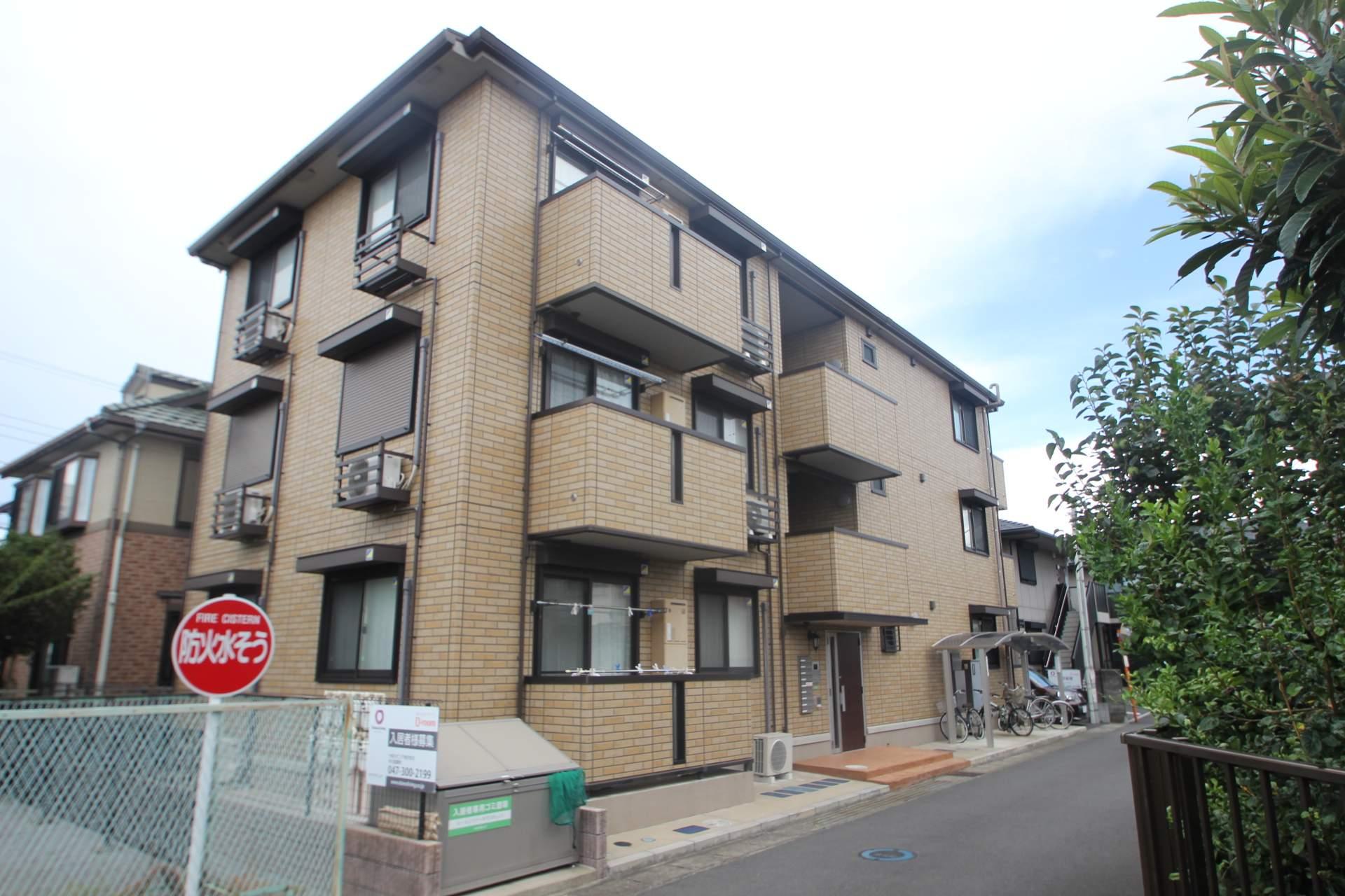 千葉県船橋市、船橋法典駅徒歩8分の築4年 3階建の賃貸アパート