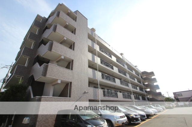 千葉県船橋市、西船橋駅徒歩45分の築19年 6階建の賃貸マンション