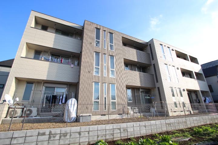 千葉県船橋市、西船橋駅徒歩22分の築3年 3階建の賃貸マンション