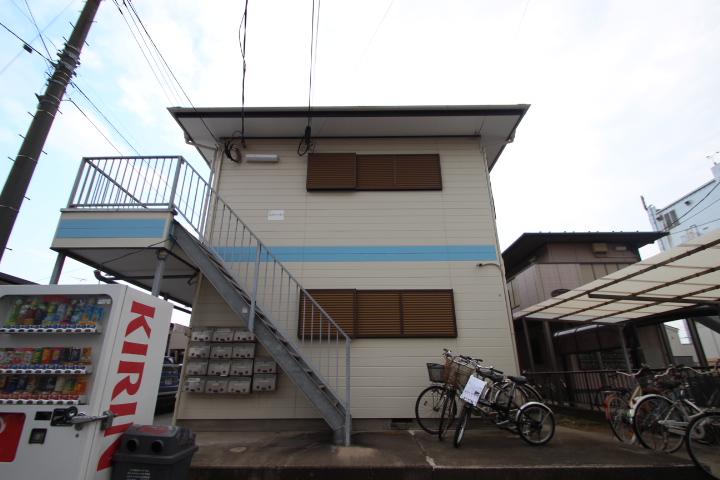 千葉県船橋市、船橋駅徒歩12分の築30年 2階建の賃貸アパート