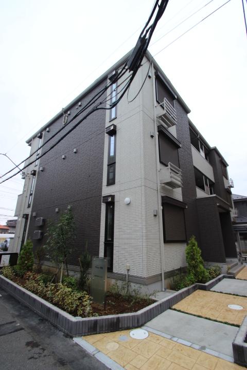 千葉県船橋市、西船橋駅徒歩15分の築2年 3階建の賃貸アパート