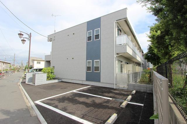 千葉県市川市、下総中山駅徒歩13分の築5年 2階建の賃貸マンション