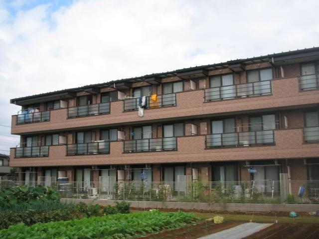 千葉県市川市、本八幡駅徒歩16分の築11年 3階建の賃貸マンション