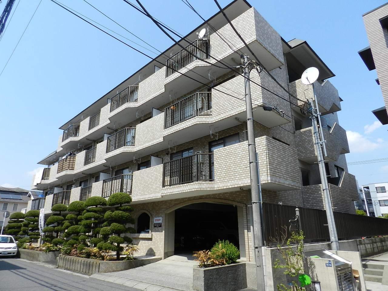千葉県市川市、行徳駅徒歩18分の築28年 4階建の賃貸マンション