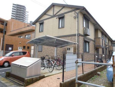 千葉県市川市、浦安駅徒歩18分の築7年 2階建の賃貸アパート