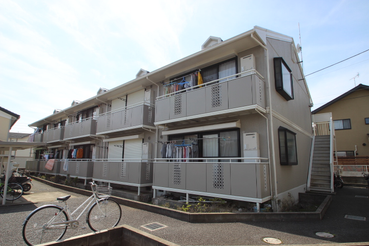 千葉県市川市、下総中山駅徒歩16分の築23年 2階建の賃貸アパート