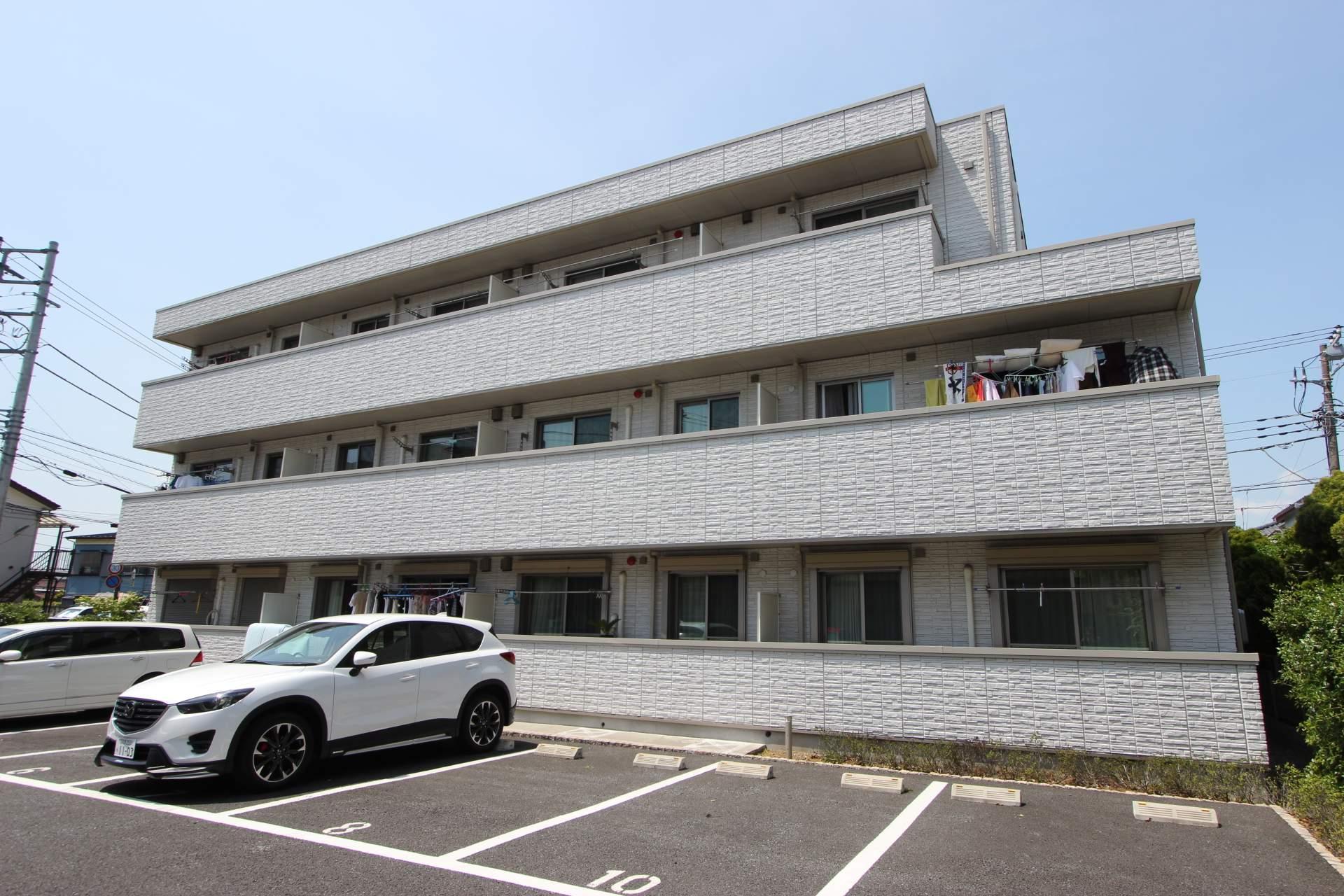 千葉県市川市、本八幡駅徒歩12分の築4年 3階建の賃貸マンション