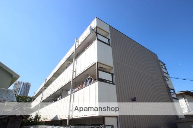 千葉県市川市、本八幡駅徒歩10分の築30年 3階建の賃貸マンション