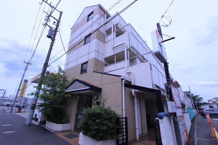 千葉県市川市、本八幡駅徒歩10分の築28年 4階建の賃貸マンション