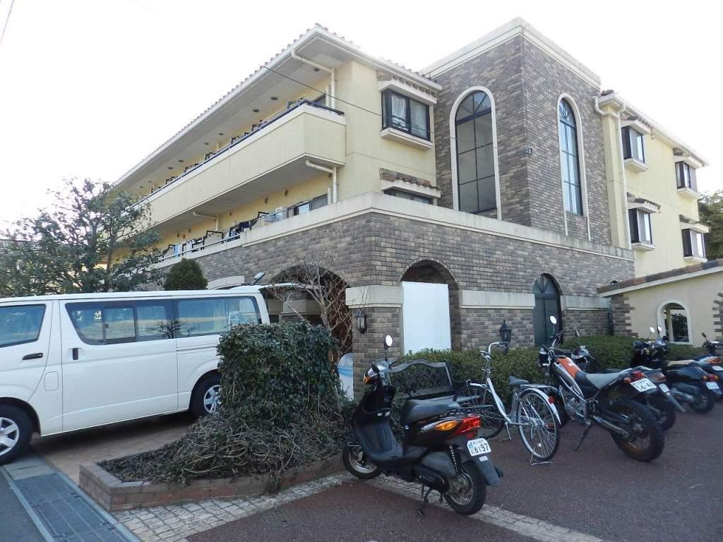 千葉県市川市、市川駅徒歩28分の築16年 3階建の賃貸マンション
