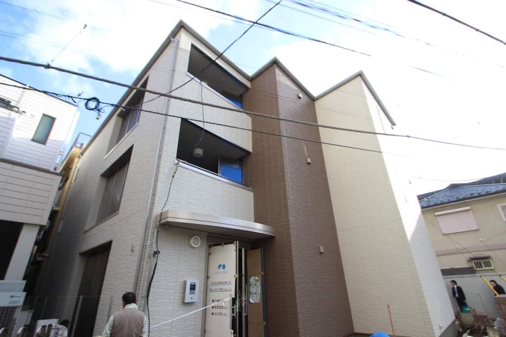 千葉県市川市、本八幡駅徒歩2分の築1年 3階建の賃貸マンション