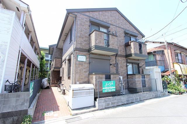 千葉県市川市、下総中山駅徒歩13分の築10年 2階建の賃貸アパート