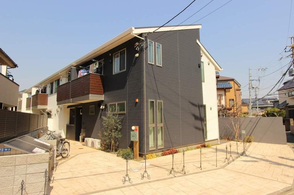 千葉県市川市、市川駅徒歩10分の築6年 2階建の賃貸アパート