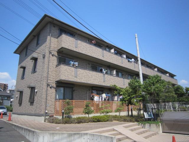 千葉県市川市、西船橋駅徒歩8分の築11年 3階建の賃貸アパート