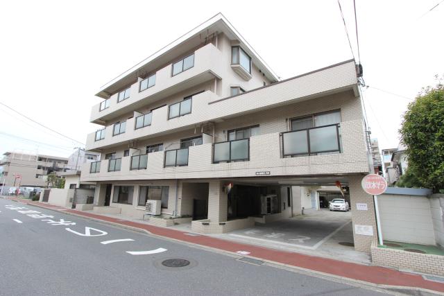 千葉県市川市、本八幡駅徒歩4分の築27年 4階建の賃貸マンション