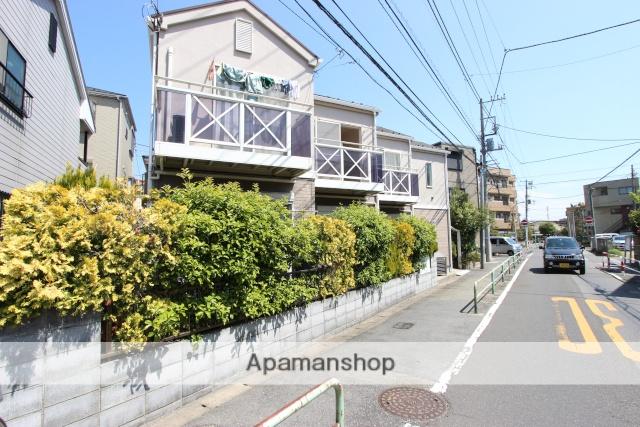 千葉県市川市、本八幡駅徒歩12分の築15年 2階建の賃貸アパート