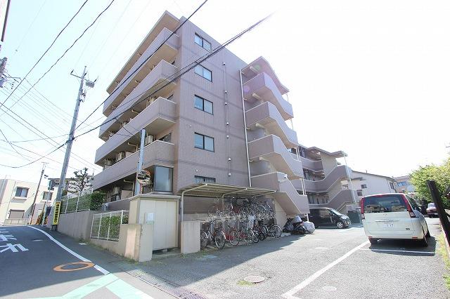 千葉県市川市、本八幡駅徒歩20分の築22年 5階建の賃貸マンション
