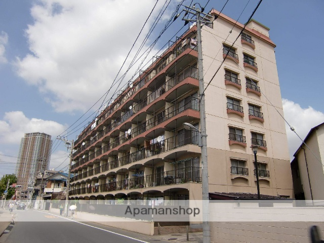 千葉県市川市、市川駅徒歩10分の築45年 7階建の賃貸マンション