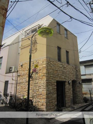 千葉県船橋市、下総中山駅徒歩2分の築10年 3階建の賃貸マンション