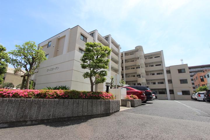 千葉県市川市、市川駅徒歩6分の築27年 6階建の賃貸マンション