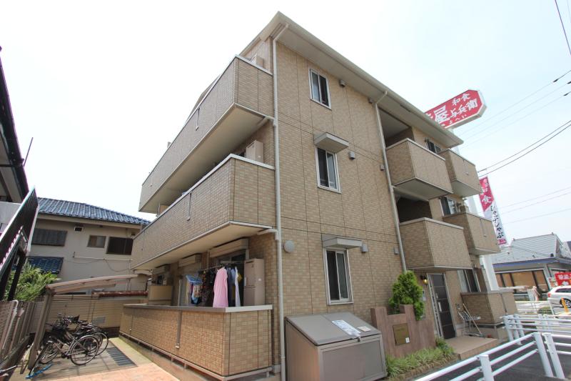 千葉県市川市、本八幡駅徒歩19分の築8年 3階建の賃貸アパート