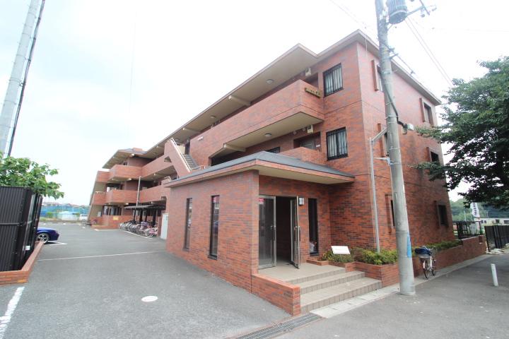 千葉県市川市、本八幡駅徒歩27分の築20年 3階建の賃貸マンション
