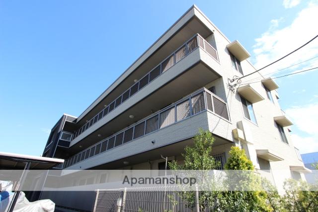 千葉県市川市、本八幡駅徒歩12分の築7年 3階建の賃貸マンション