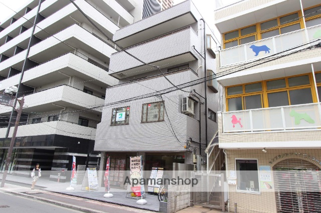 千葉県市川市、市川駅徒歩1分の築25年 4階建の賃貸マンション
