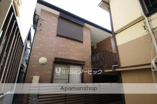 千葉県市川市、市川駅徒歩8分の築23年 2階建の賃貸アパート