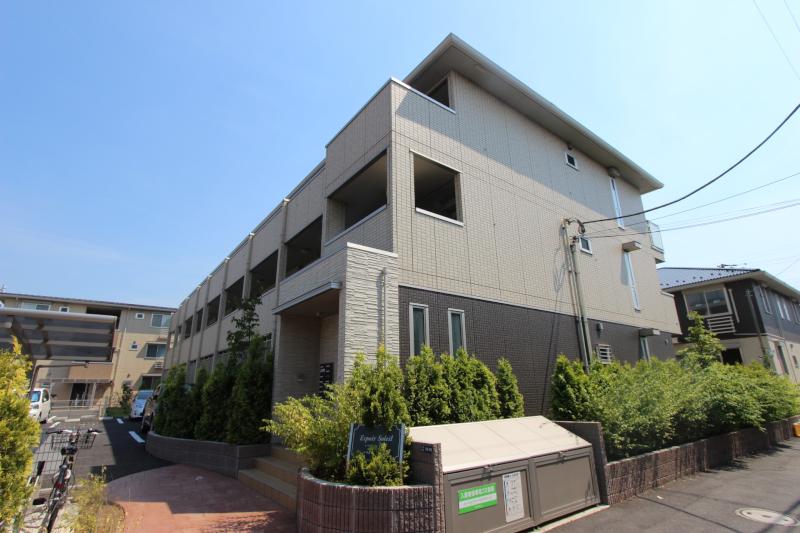 千葉県市川市、本八幡駅徒歩12分の築4年 3階建の賃貸アパート