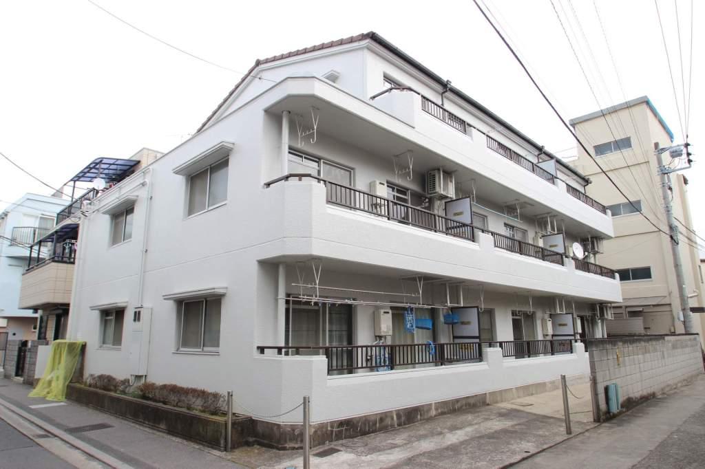 千葉県市川市、本八幡駅徒歩8分の築29年 3階建の賃貸マンション