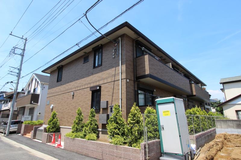 千葉県市川市、本八幡駅徒歩15分の築3年 2階建の賃貸アパート