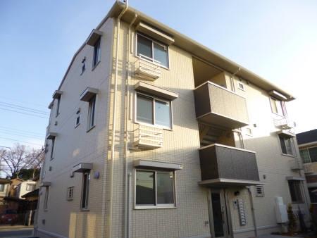 千葉県市川市、下総中山駅徒歩20分の築3年 3階建の賃貸アパート