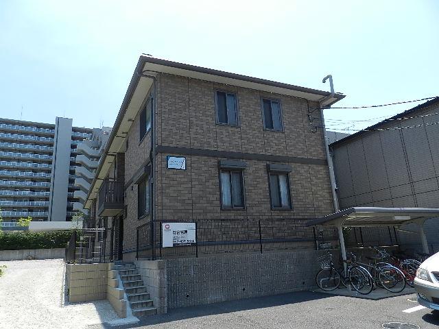 千葉県船橋市、船橋法典駅徒歩5分の築10年 2階建の賃貸アパート