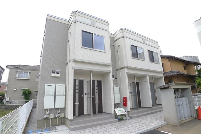 千葉県佐倉市、ユーカリが丘駅徒歩5分の築1年 2階建の賃貸アパート