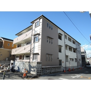 千葉県浦安市、新浦安駅徒歩29分の築1年 3階建の賃貸アパート