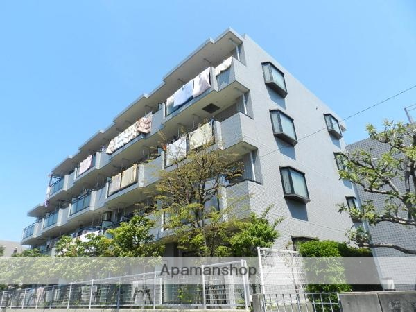 千葉県浦安市、浦安駅徒歩9分の築25年 4階建の賃貸マンション
