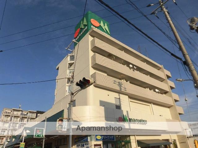 千葉県浦安市、浦安駅徒歩20分の築30年 5階建の賃貸マンション