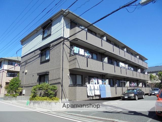 千葉県浦安市、新浦安駅徒歩10分の築21年 3階建の賃貸アパート