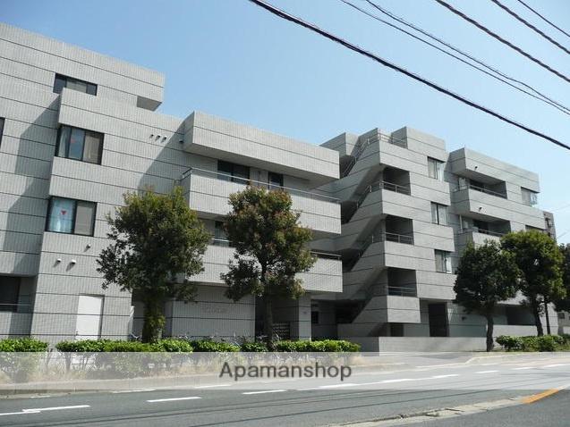 千葉県浦安市、新浦安駅徒歩21分の築28年 4階建の賃貸マンション